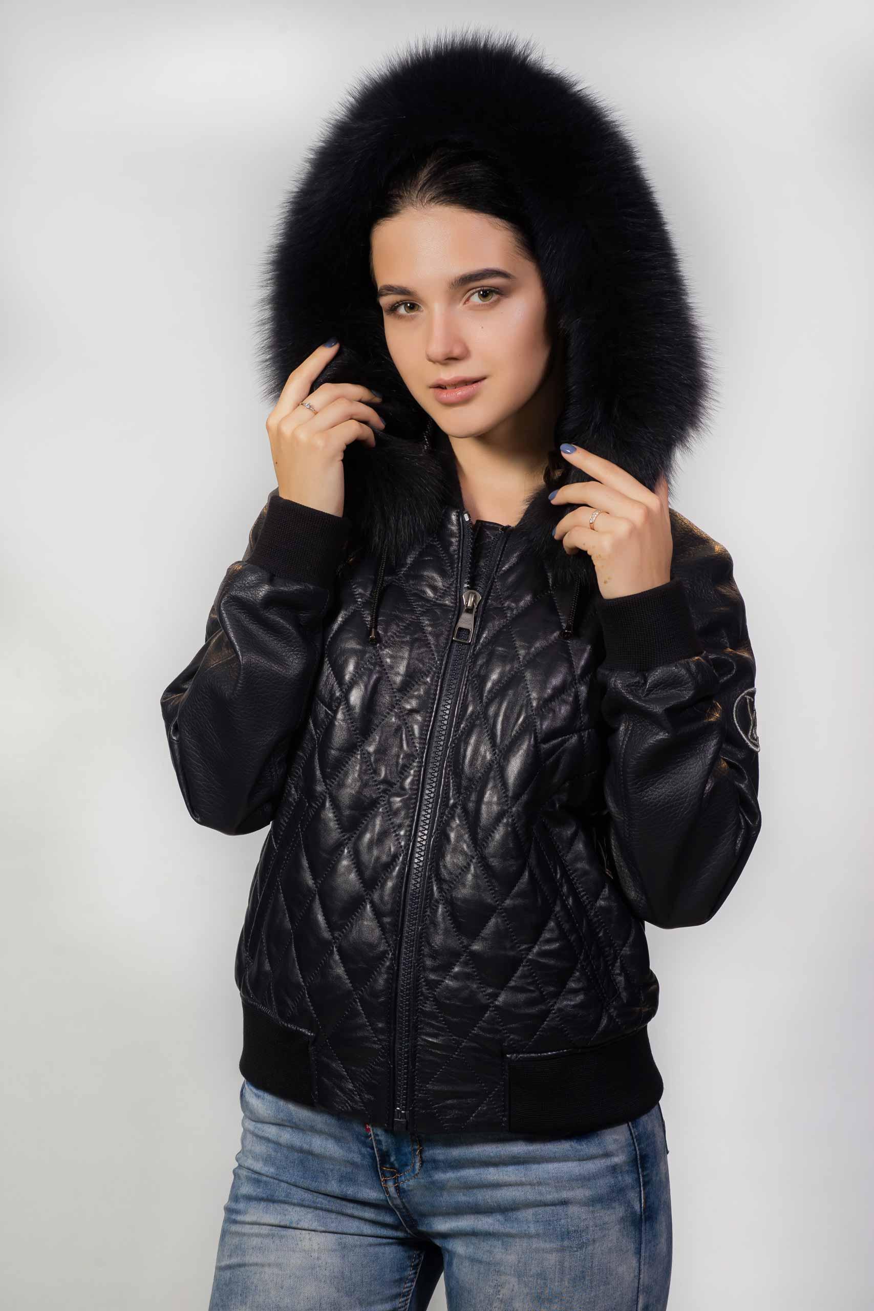 Кожаная куртка стеганая