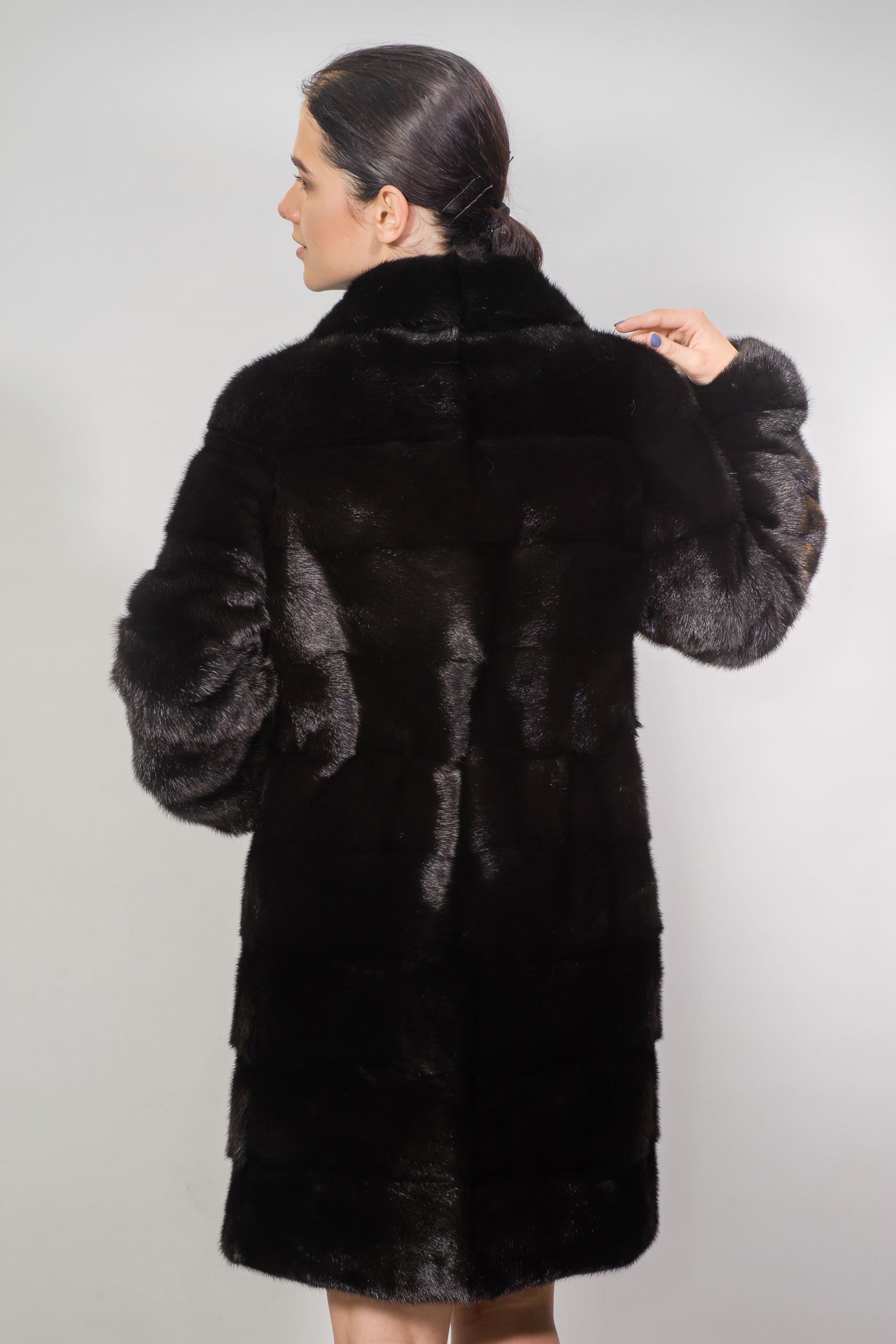 Женская шуба из меха норки1799