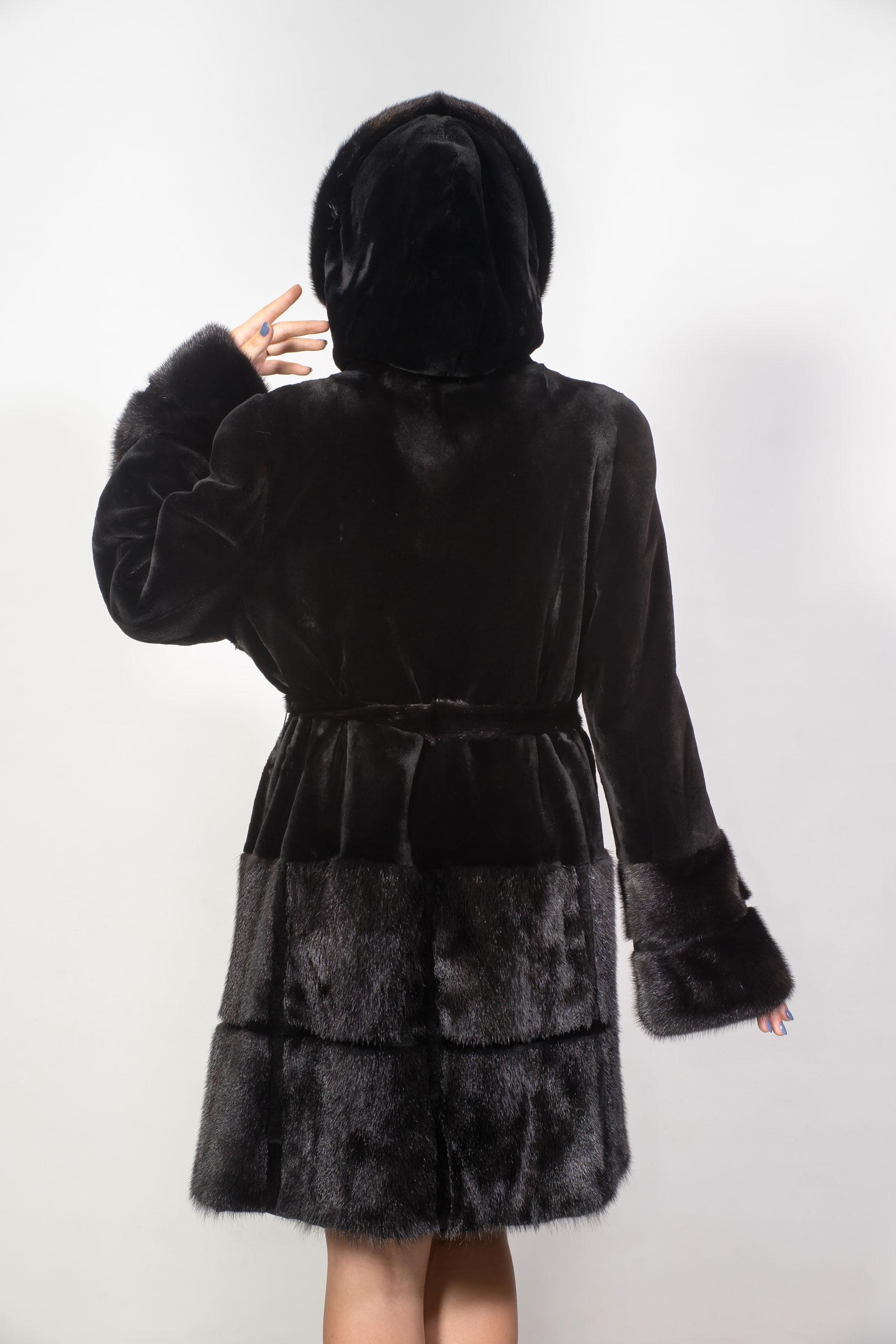 Женская шуба из меха норкиVZ-1138