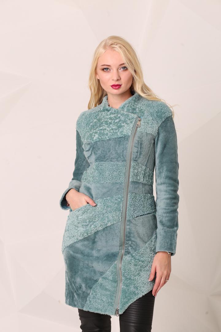 Женское меховое пальто из АстраганаKK-1002