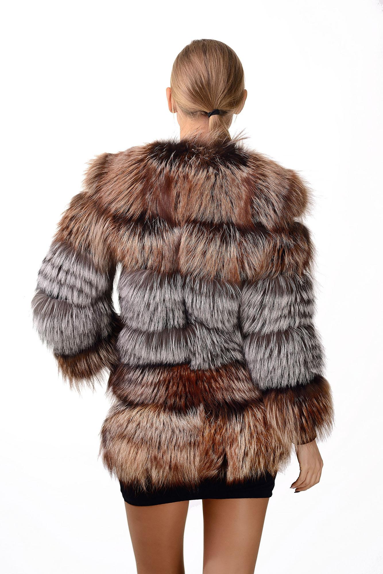 Женская шуба из меха чорноборкиKollu