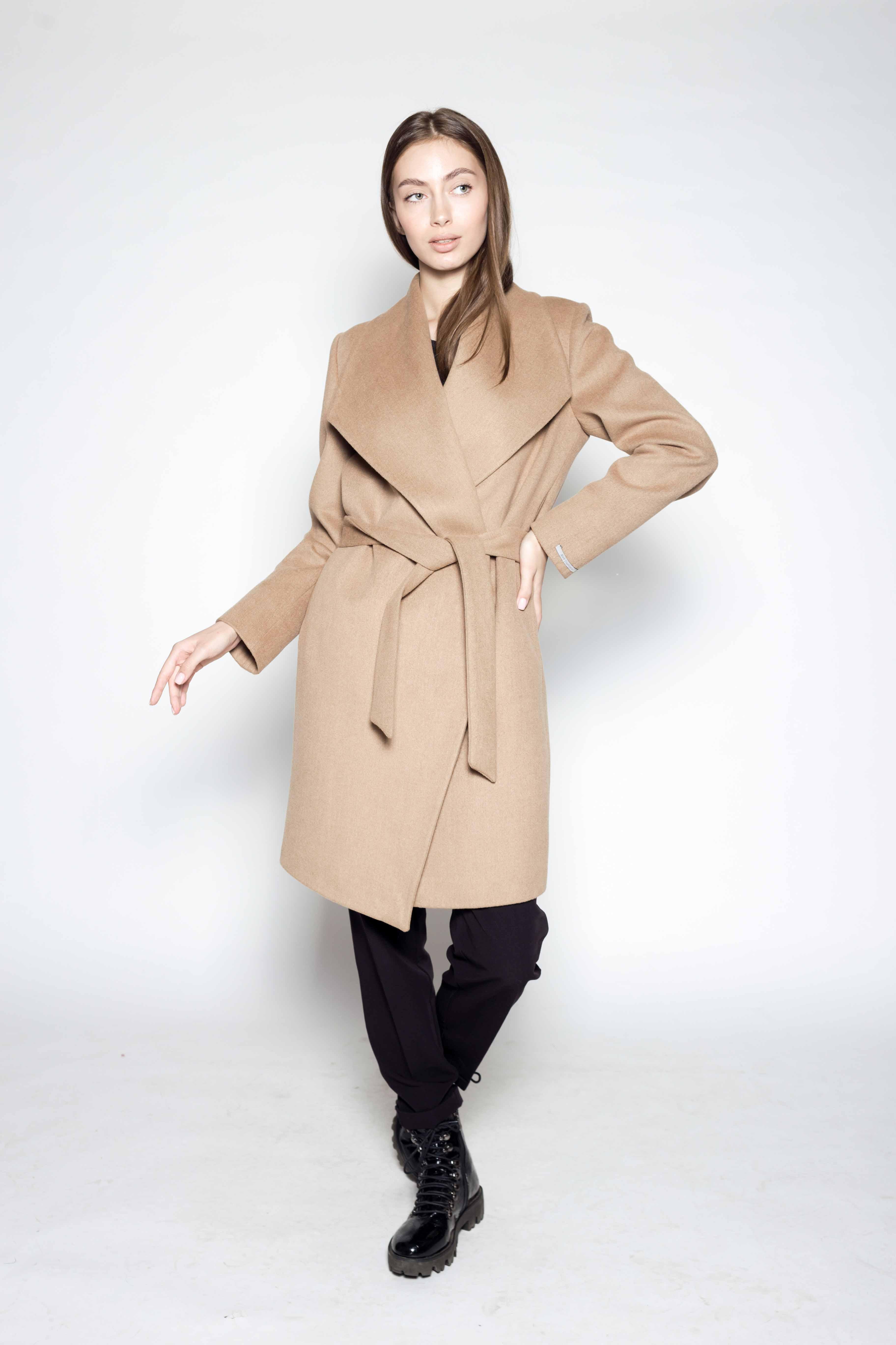 Женское пальто 810
