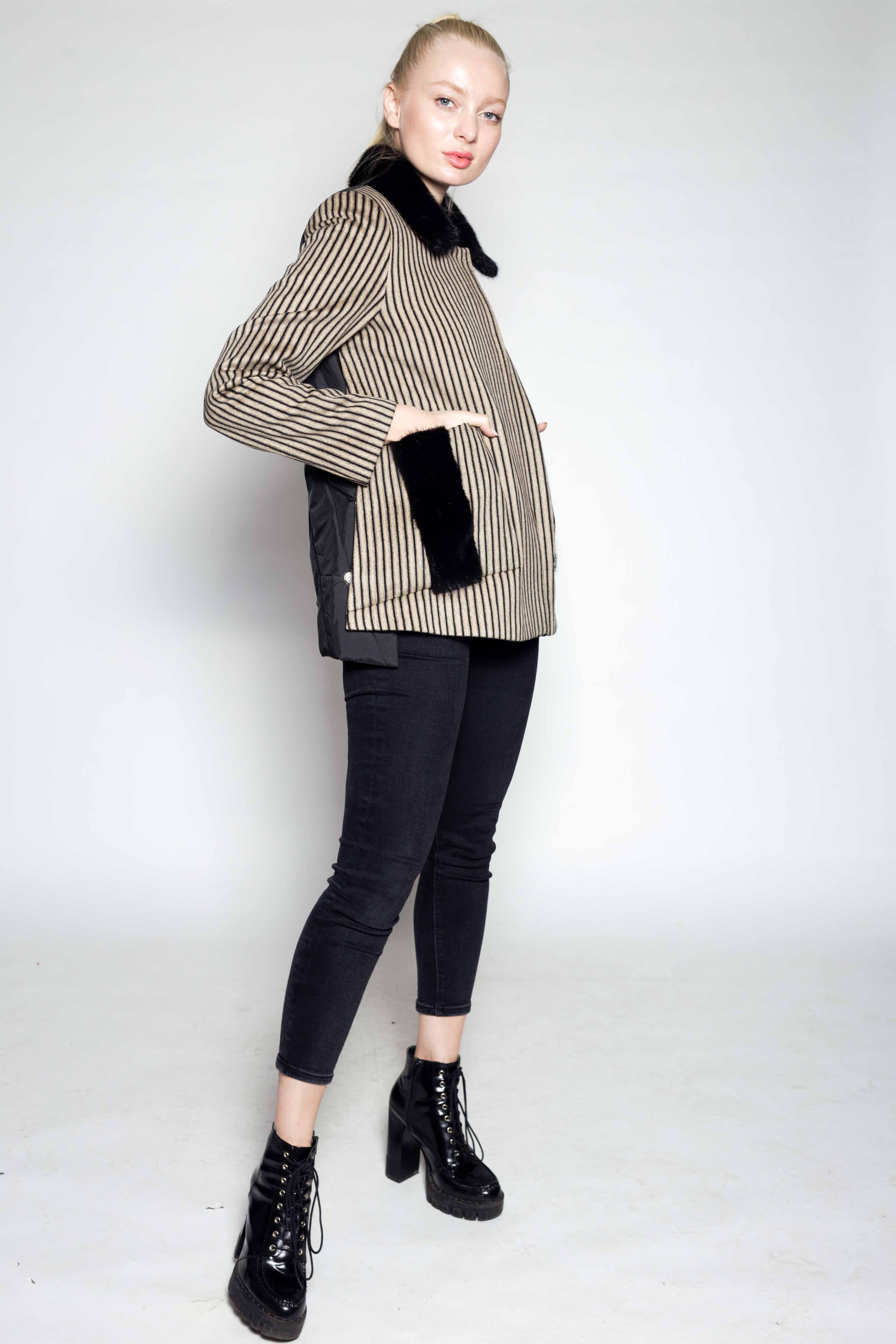 Женское пальто 8507