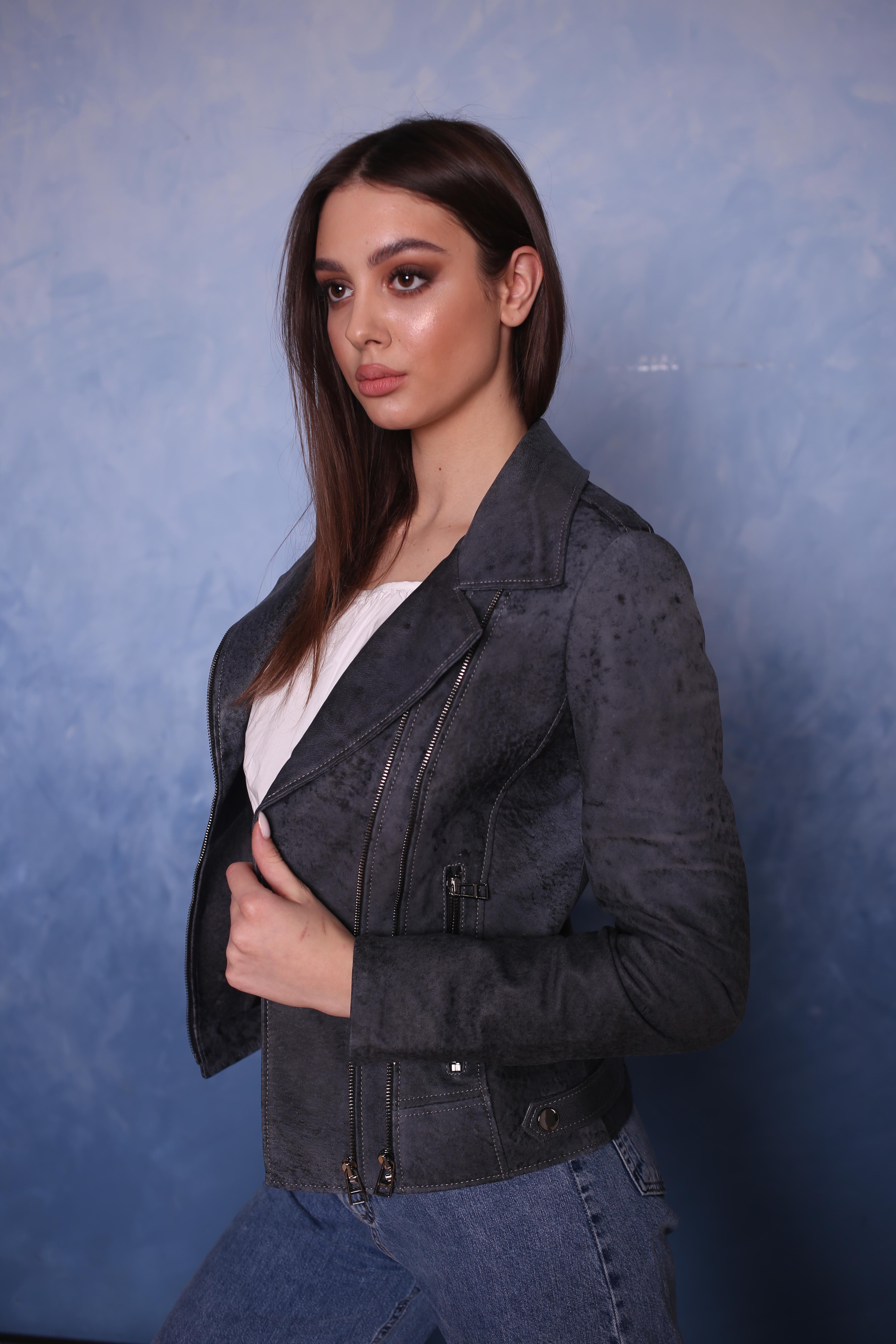 Женская кожаная куртка B-2-02