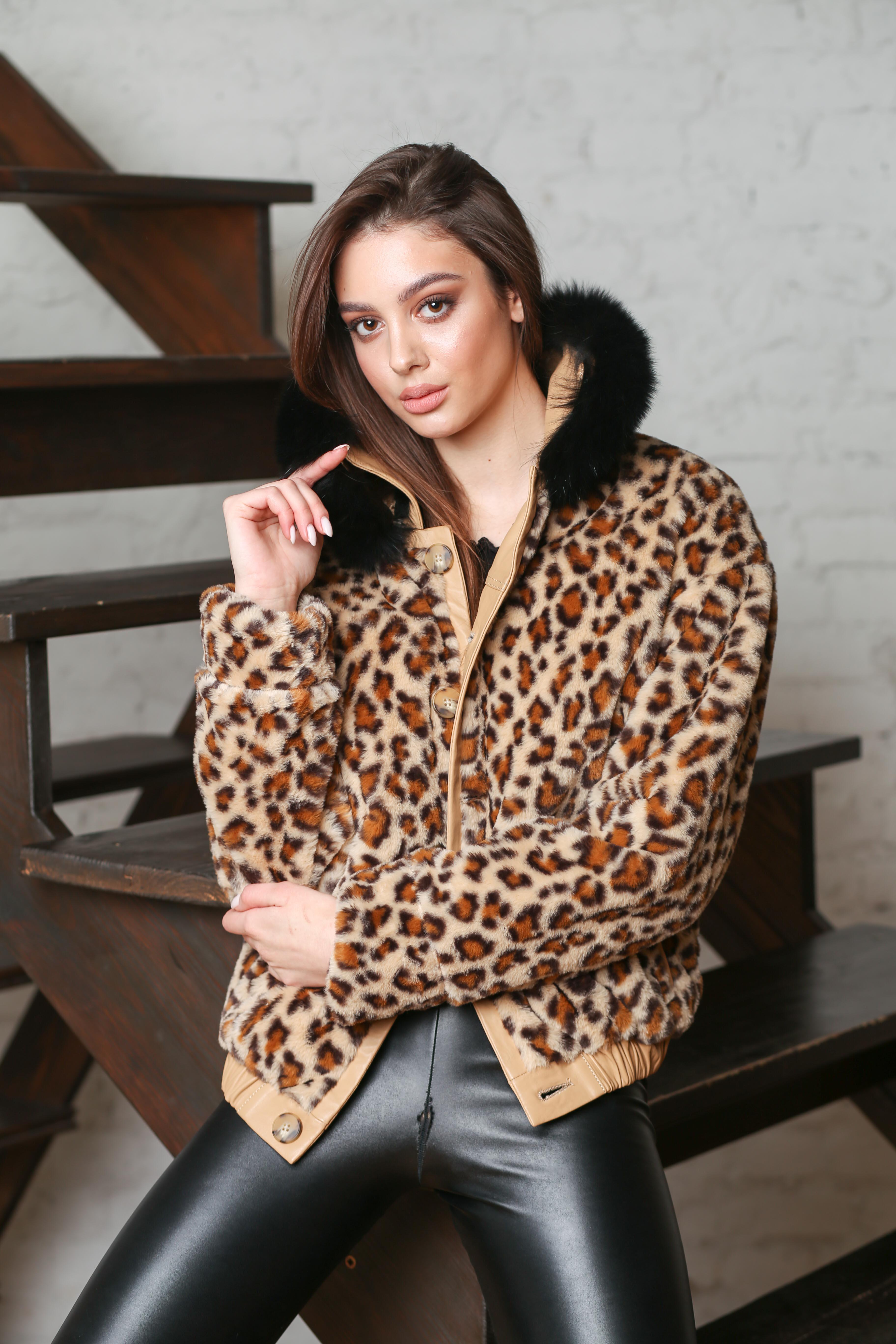 Женская кожаная утепленная куртка (двухсторонняя) C-8