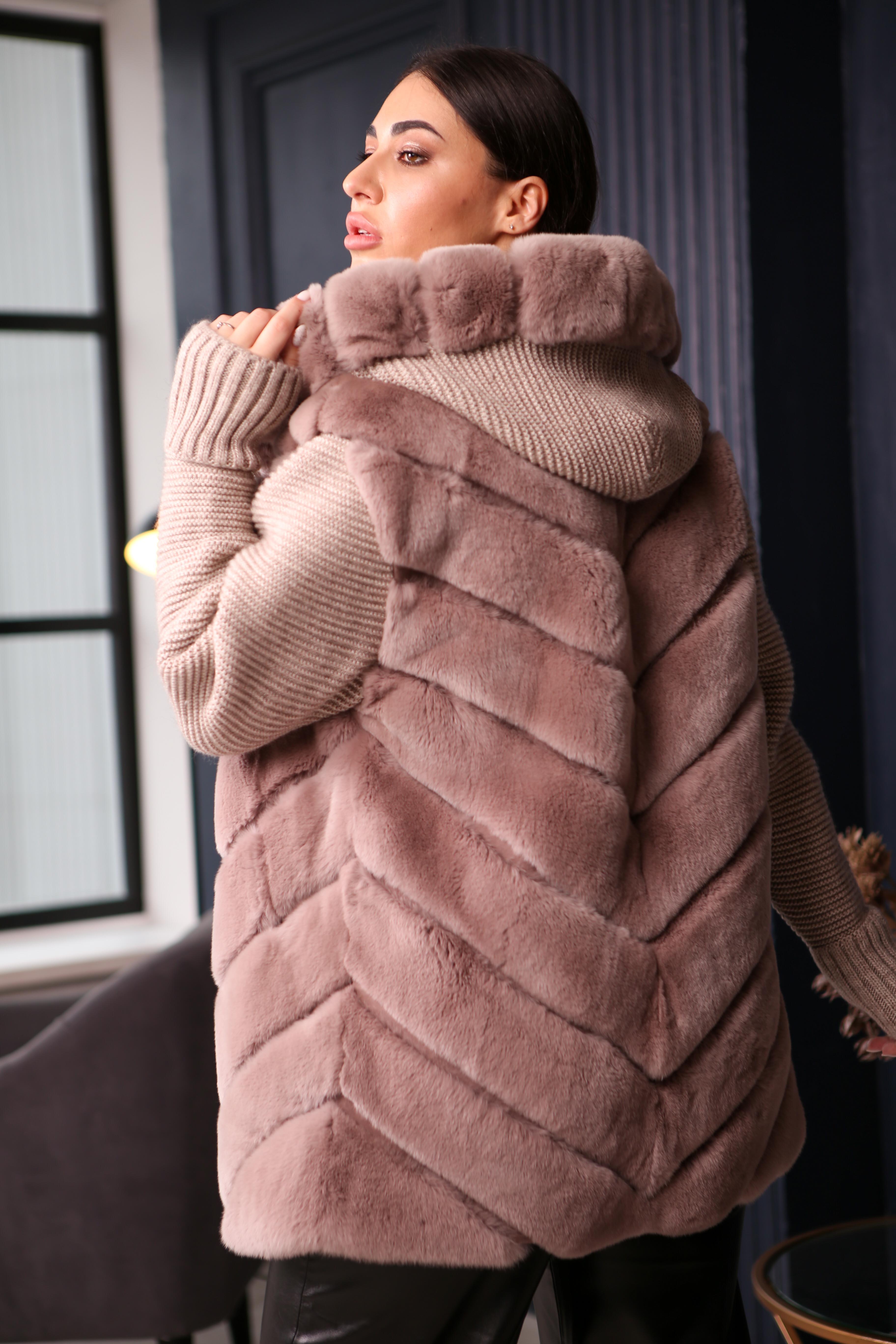 Женская жилетка с вязаными рукавами из меха Рекса NWD-27