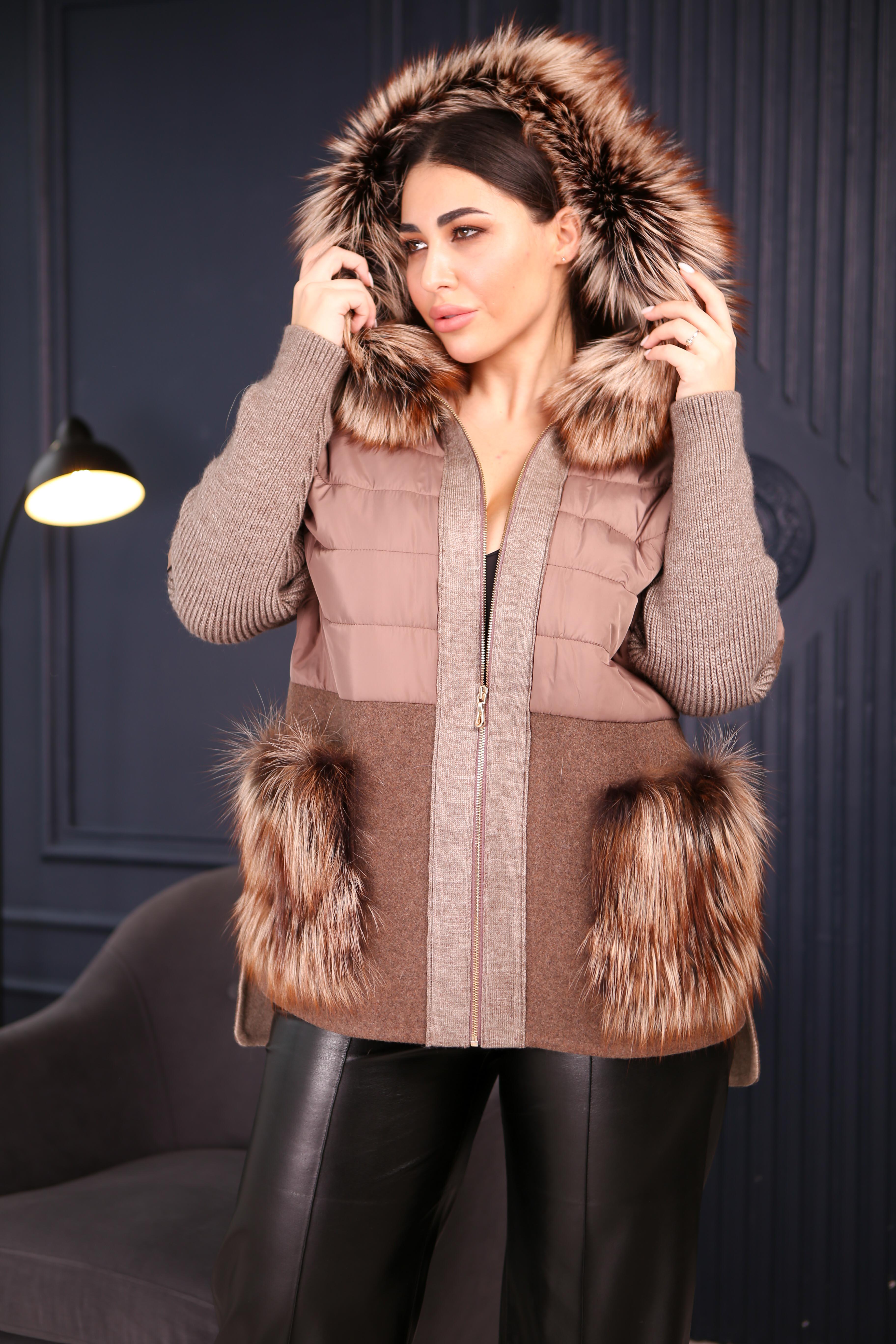 Женское пальто с вязаными рукавами 2266