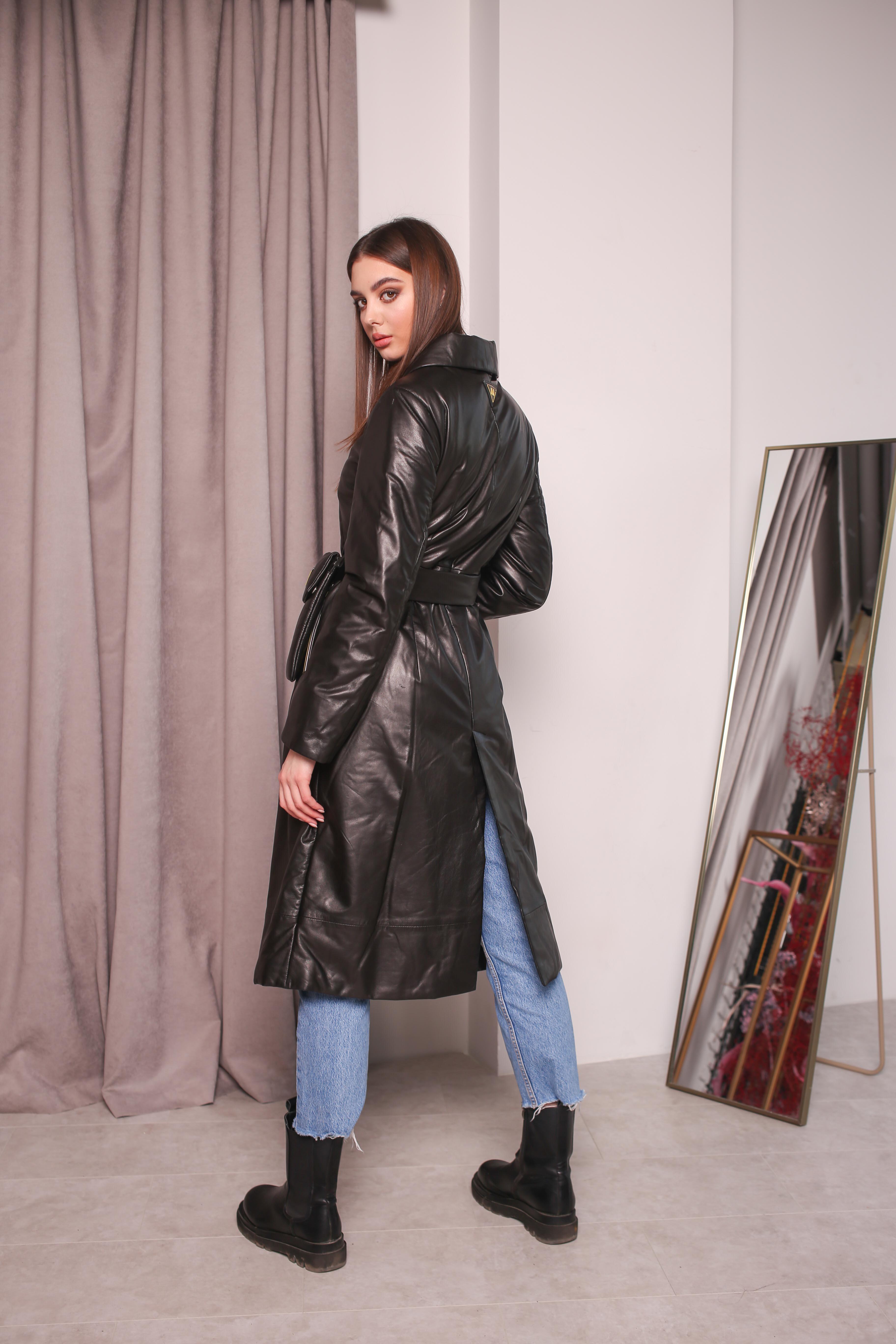 Женский утепленный кожаный плащ KZ-10222-B