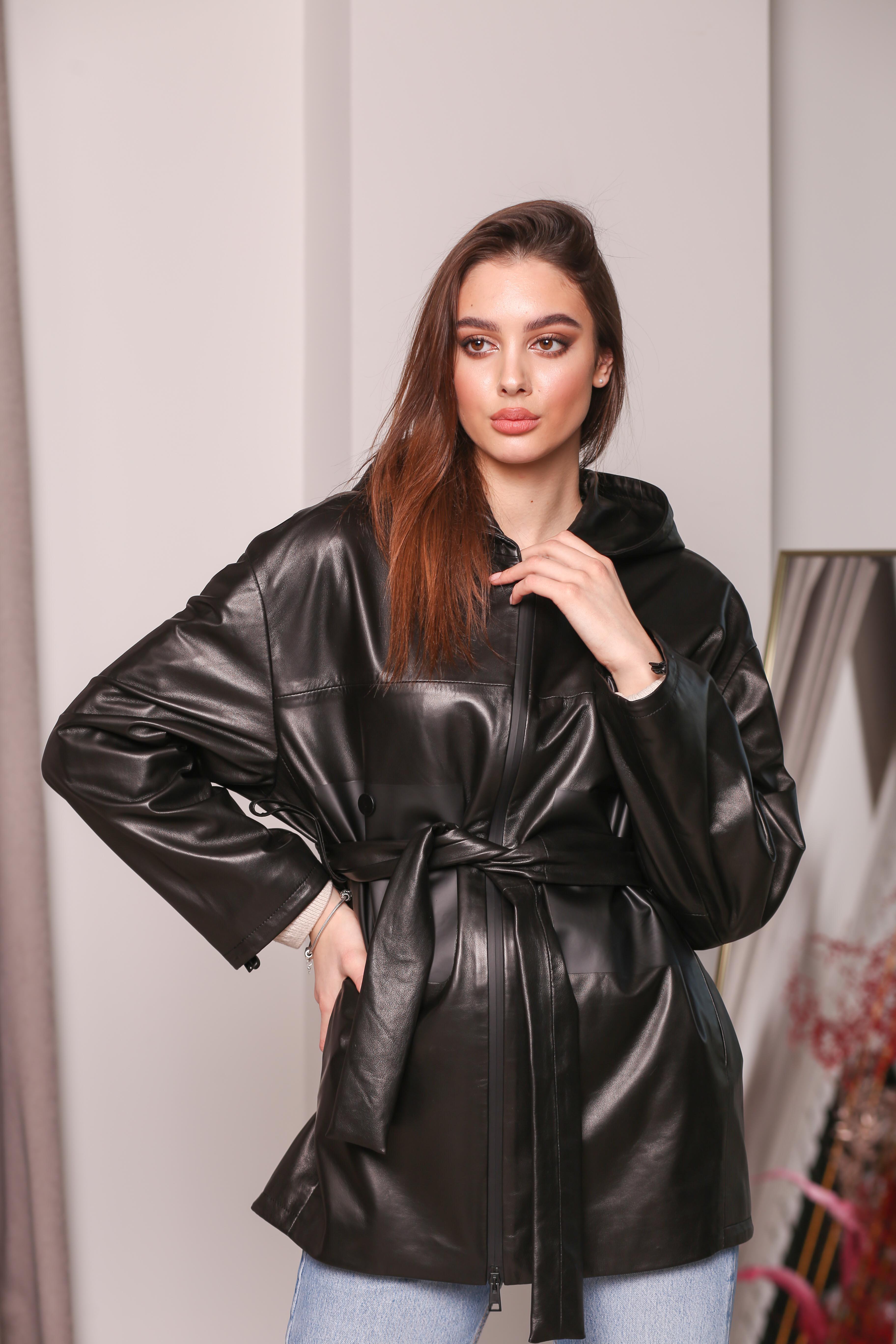 Женский кожаная удлиненная куртка KZ-10228
